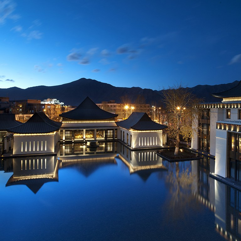 Tibet Luxury Travel