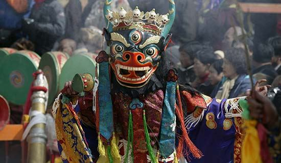 Monlam Festival (New Year's Festival, Losar) in Langmu Si