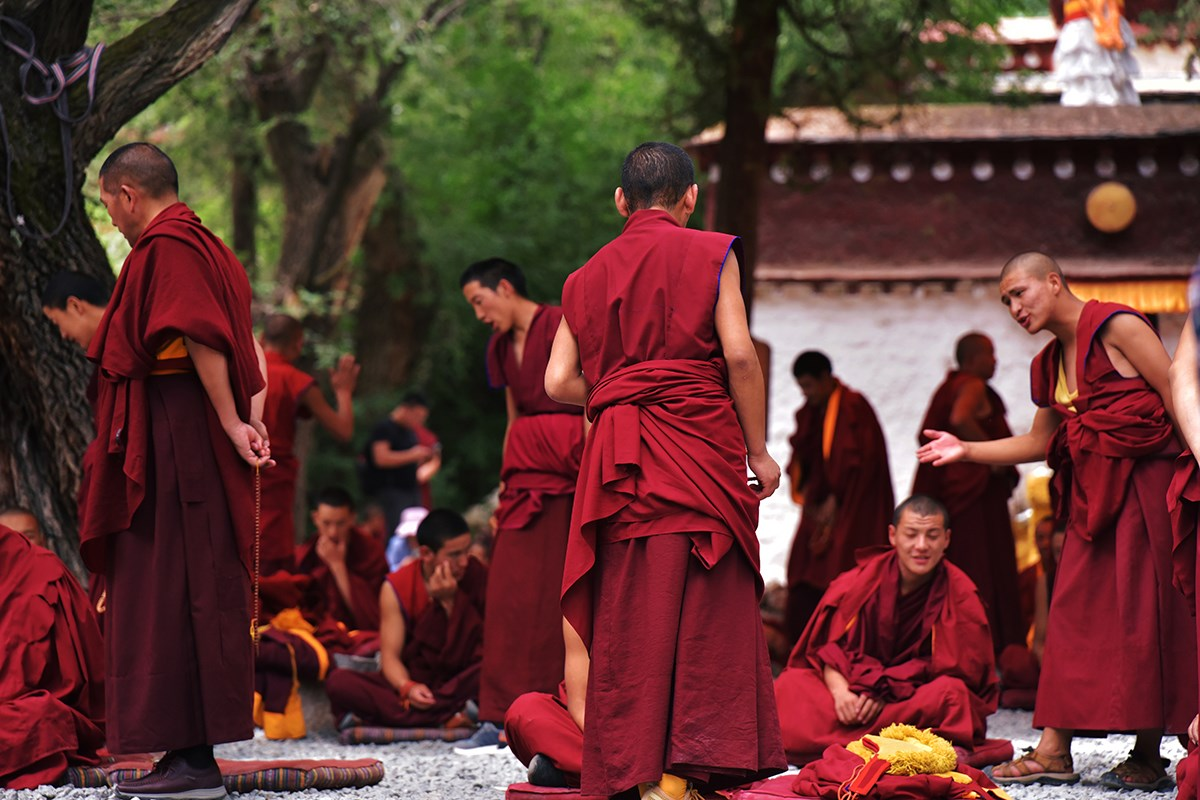 Debate in Sera Monastery | Photo by Liu Bin