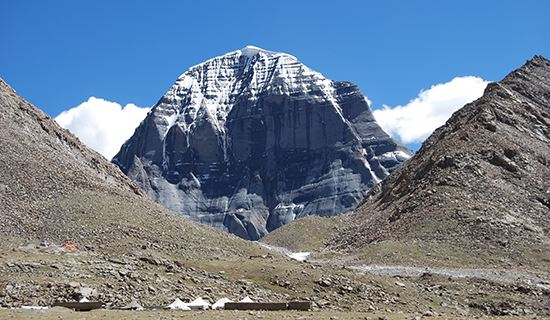 Overland Tour from Tibet to Xinjiang with Everest and Trekking around Kailash