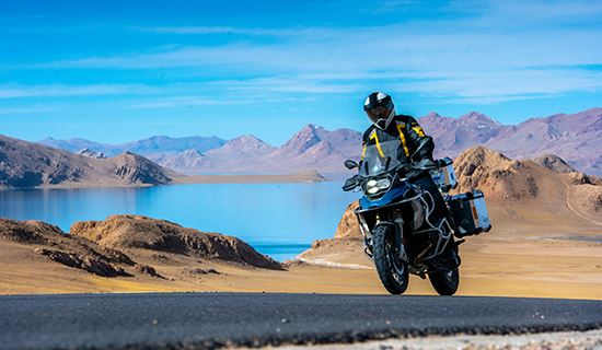 Tibet Rental Motorbike Tour to Everest and Nam Tso Lake