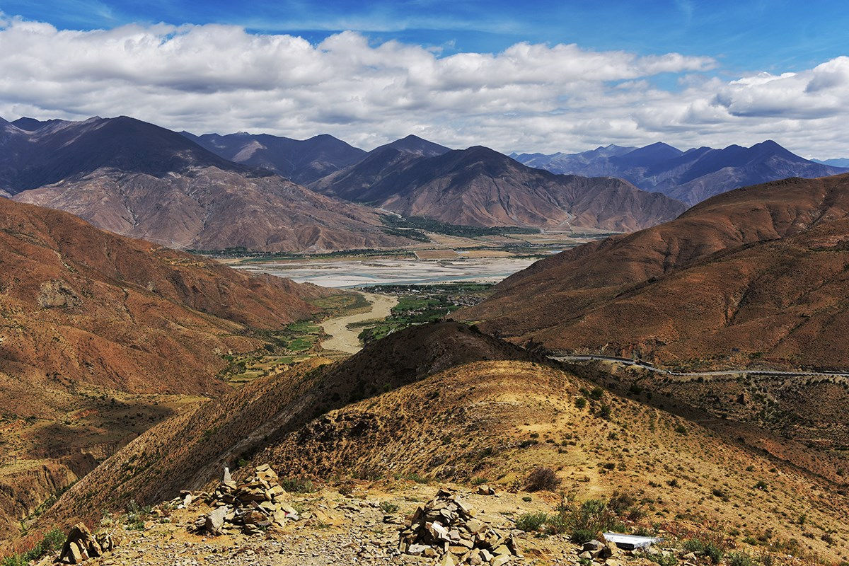 Yarlung Tsangpo and Simila Valley | Photo by Liu Bin